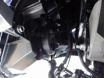 トリシティ カスタム ヘッドライト LED 16.jpg