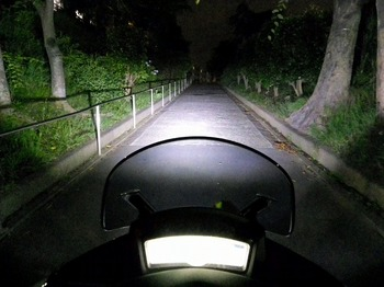 トリシティ カスタム ヘッドライト LED 26.jpg
