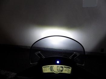 トリシティ カスタム ヘッドライト LED 29.jpg