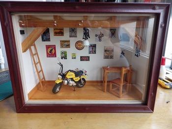 バイク ジオラマ ガレージ 32.jpg