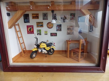 バイク ジオラマ ガレージ 36.jpg