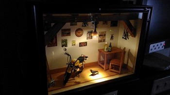 バイク ジオラマ ガレージ 39.jpg