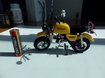 プラモデル バイク ゴリラ 03.jpg