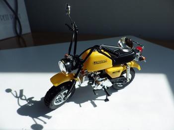 プラモデル バイク ゴリラ 04.jpg