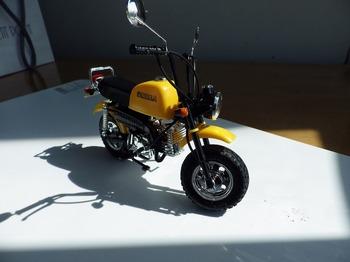 プラモデル バイク ゴリラ 05.jpg