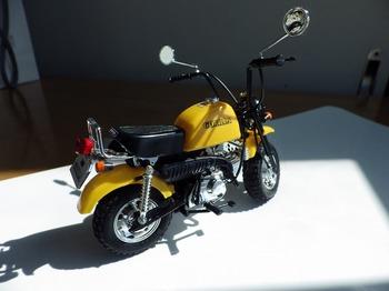 プラモデル バイク ゴリラ 06.jpg